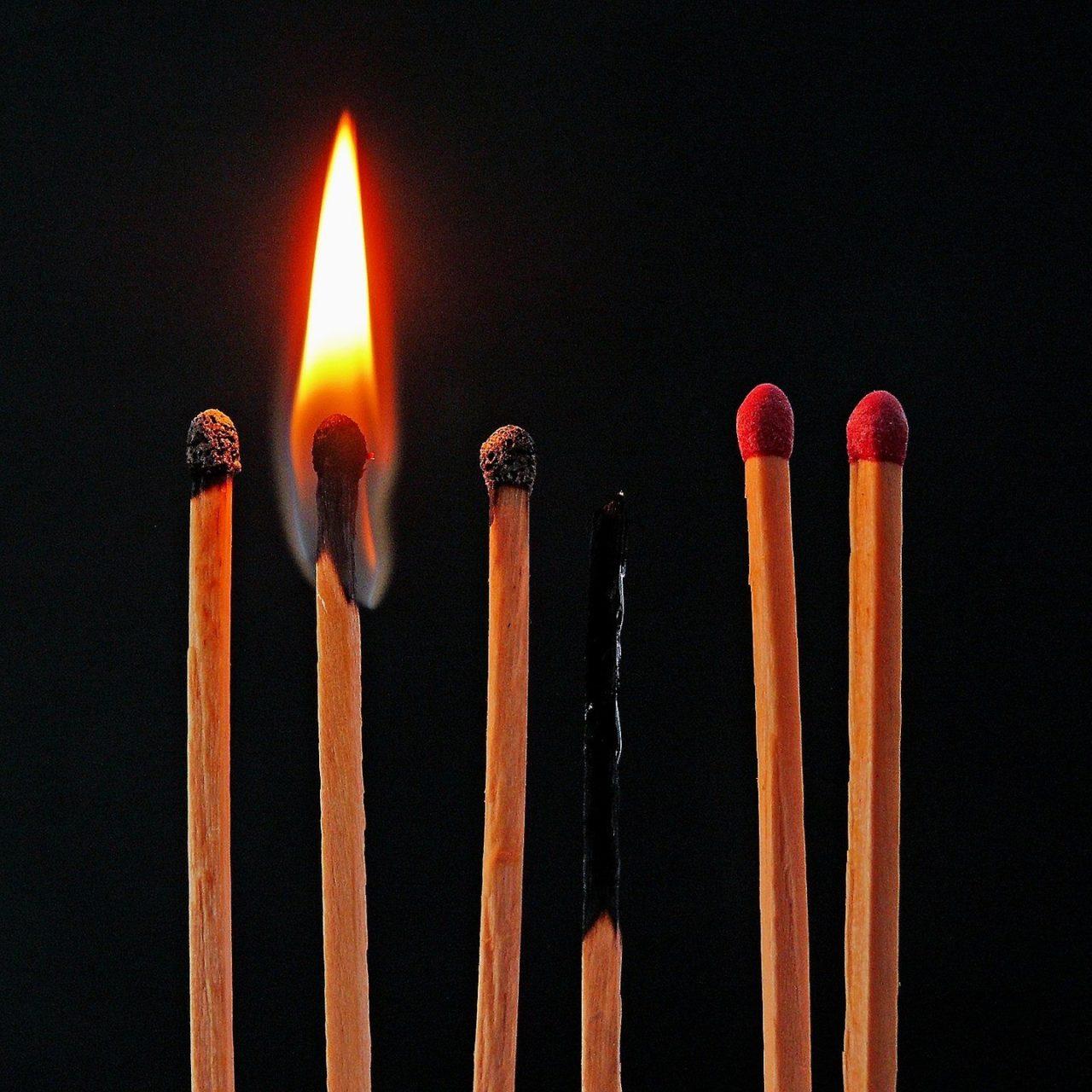 https://www.hladinaalfa.cz/wp-content/uploads/2019/11/burnout_s-1280x1280.jpg