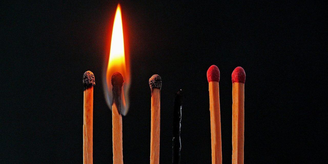 https://www.hladinaalfa.cz/wp-content/uploads/2019/11/burnout_w-1280x640.jpg